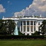 800px-White_House,_Blue_Sky