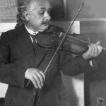 Albert_Einstein_violin
