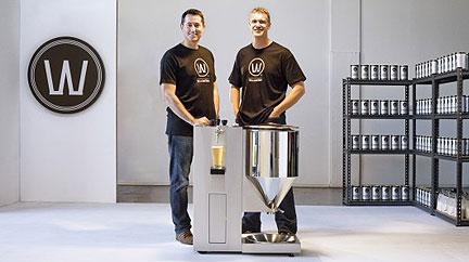 Home Brew Kit Makes Beer Brewing Easier