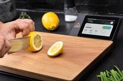A Smart Cutting Board: Nutrio